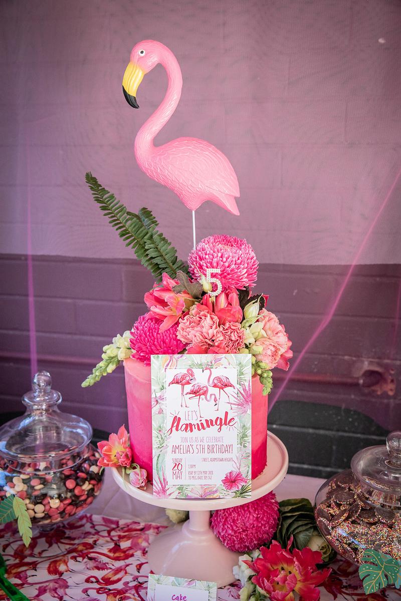 flamingo birthday party invitation