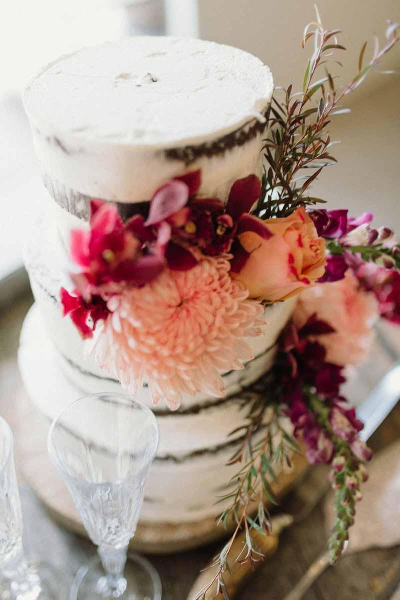 stonehurst wedding cake